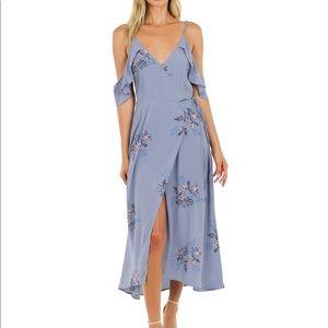 ASTR THE LABEL Cold shoulder lavender dress